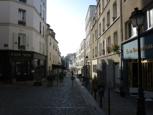 Many small streets are blocked from traffic, forming pedestrian malls.